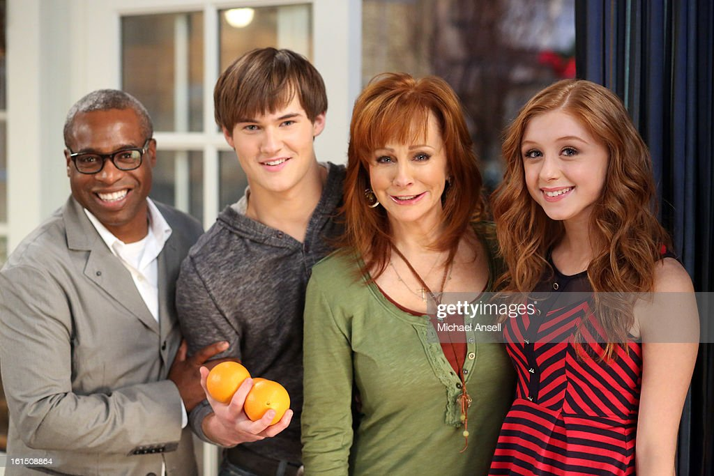 COUNTY - 'Bowling for Mama' - Reba, June and Cash vie to give Lillie Mae the very best birthday gift. But when her wish is for Reba to bowl for her league's opposing team, the competition gets less than friendly, on 'Malibu Country,' FRIDAY, FEBRUARY 22 (8:31-9:00 p.m., ET) on the ABC Television Network. , JUSTIN PRENTICE, REBA, JULIETTE ANGELO