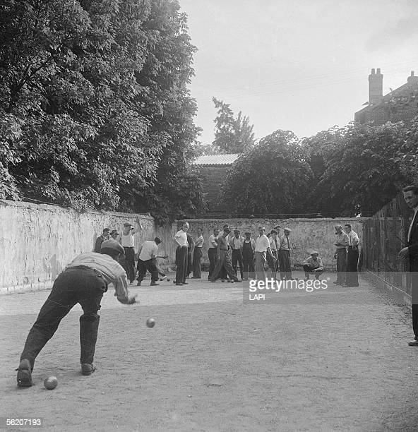 Bowls players France 1948