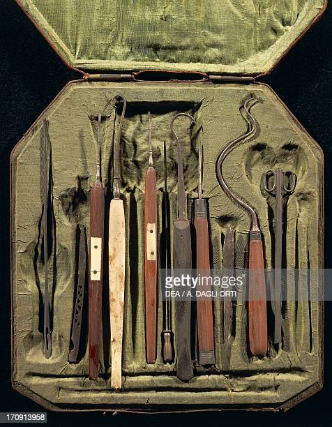 Box containing surgical instruments for an opthalmologist 18th century Rome Museo Storico Nazionale Dell'Arte Sanitaria