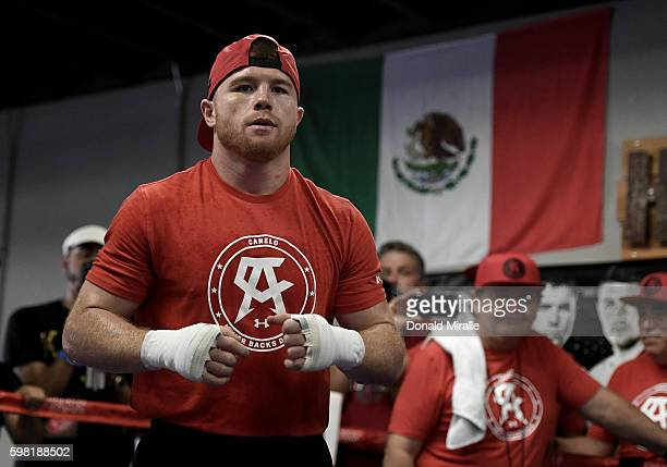 Boxer Canelo Alvarez of Mexico warms up in the ring during his Open Workout at the House of Boxing on August 31 2016 in San Diego California Canelo...
