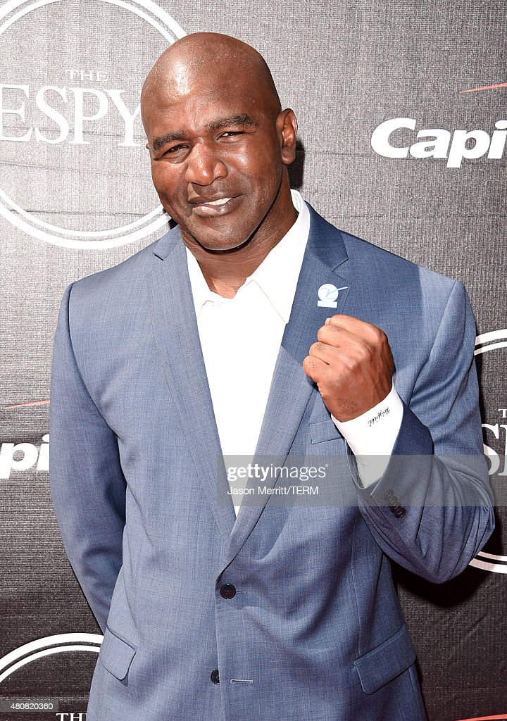 Boxer <a gi-track='captionPersonalityLinkClicked' href=/galleries/search?phrase=Evander+Holyfield&family=editorial&specificpeople=194938 ng-click='$event.stopPropagation()'>Evander Holyfield</a> attends The 2015 ESPYS at Microsoft Theater on July 15, 2015 in Los Angeles, California.