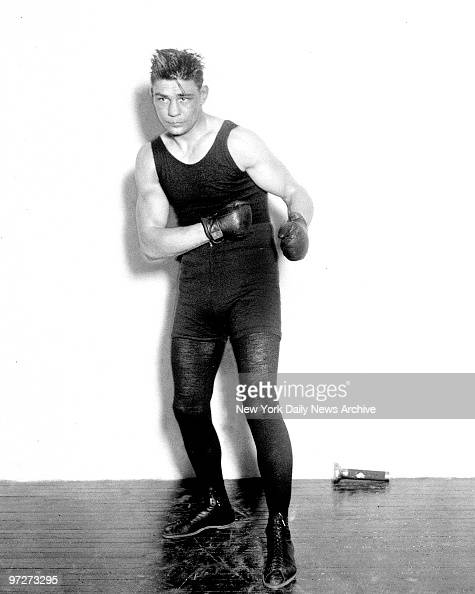 Boxer Harry Greb The Pittsburg windmill will defend the light heavyweight championship against Tommy Loughran of Philadelphia The 'Beau Brummel' of...