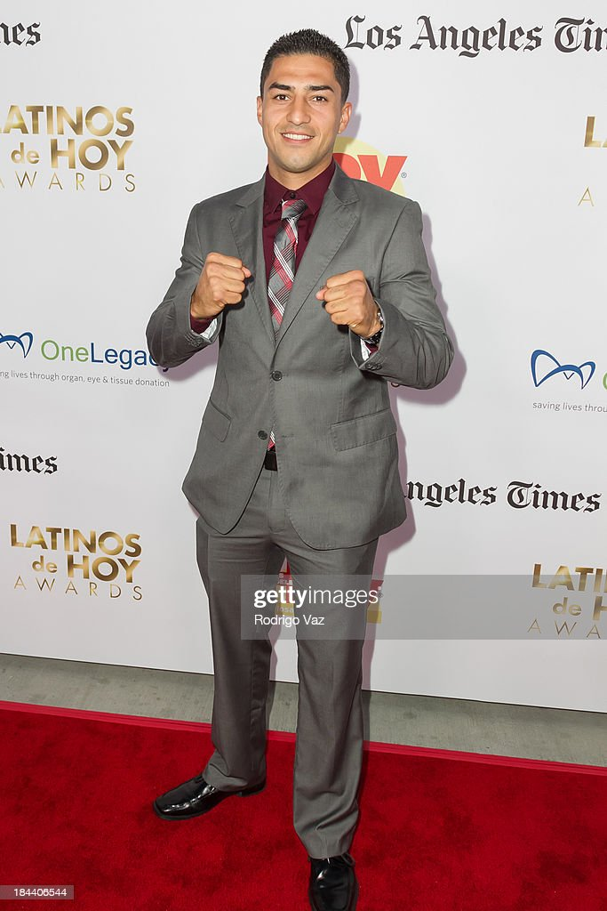 Boxer Josesito Lopez arrives at the 2013 Latinos De Hoy Awards at Los Angeles Times Chandler Auditorium on October 12, 2013 in Los Angeles, California.