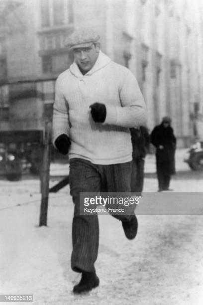 Boxer Primo Carnera during training on the streets of Chicago before his fight against Elzear Rioux in 1930 in Chicago United States