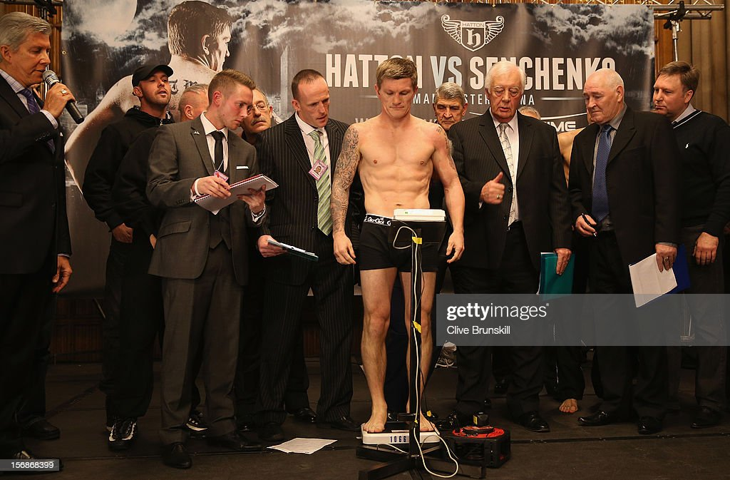 Boxer <a gi-track='captionPersonalityLinkClicked' href=/galleries/search?phrase=Ricky+Hatton&family=editorial&specificpeople=208674 ng-click='$event.stopPropagation()'>Ricky Hatton</a> weighs in prior to his bout with Vyacheslav Senchenko at at the Manchester Town Hall on November 23, 2012 in Manchester, England. Hatton has his comeback fight against Vyacheslav Senchenko on November 24th.