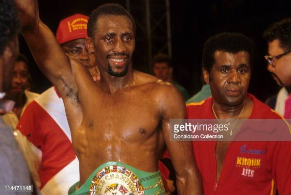 Boxer Thomas 'Hitman' Hearns and trainer Emanuel Steward at boxing match on March 10 1986 in Caesars Palace Las Vegas Nevada