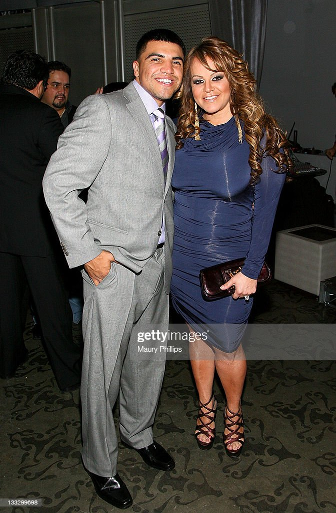 """""""Para"""" Latinos Event At Rolling Stone Los Angeles With Victor Ortiz And Jenni Rivera"""