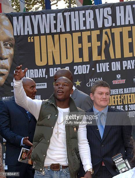 Boxers Floyd Mayweather and Ricky Hatton attend the press conference announcing the upcoming December 8 2007 Floyd Mayweather vs Ricky Hatton...