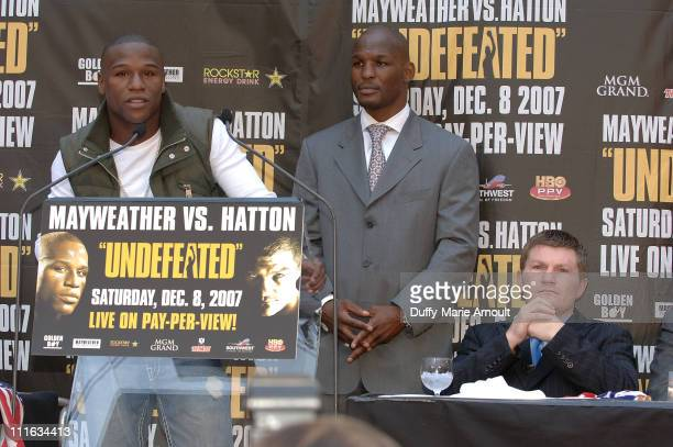 Boxers Floyd Mayweather Bernard Hopkins and Ricky Hatton attend the press conference announcing the upcoming December 8 2007 Floyd Mayweather vs...