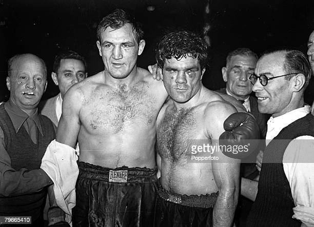 Boxing 5th November 1946 London England British boxer Freddie Mills is pictured after retiring in the 6th Round of his LightHeavyweight fight with...
