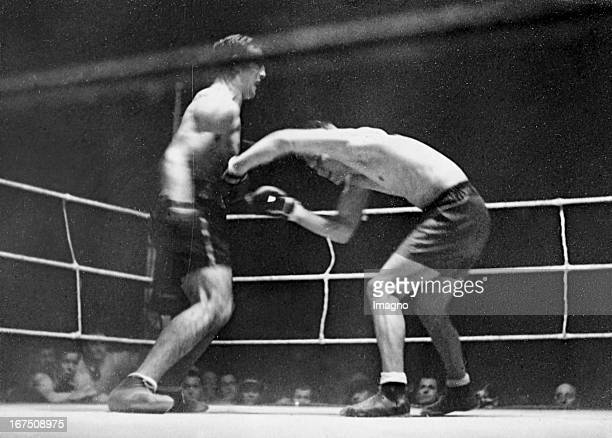 Boxing match Ernst Gühring against Primo Carnera in the Sports Palace in Berlin February 6th 1932 Photograph Boxkampf Ernst Gühring gegen Primo...