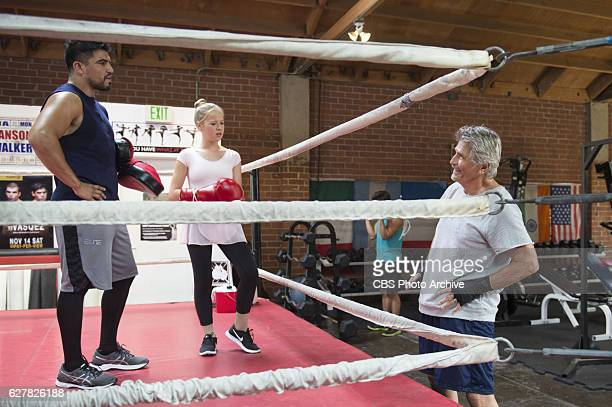 'Boxing Opinion Spider Beard' John's plan to encourage Samantha to skip her ballet class and take up boxing with his trainer Troy behind her mother...
