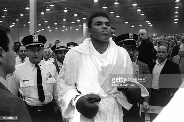 World Heavyweight Title Cassius Clay before fight vs Sonny Liston at Miami Beach Convention Center Miami FL 2/25/1964 CREDIT Mark Kauffman