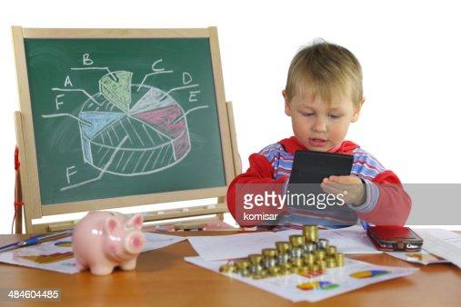 Junge Geschäftsmann mit Kalkulator : Stock-Foto