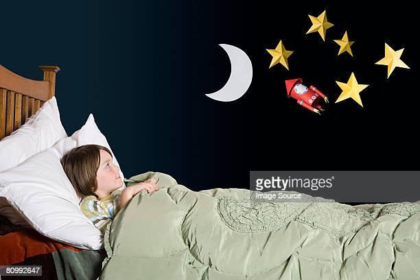 Ein Junge zum Tagträumen
