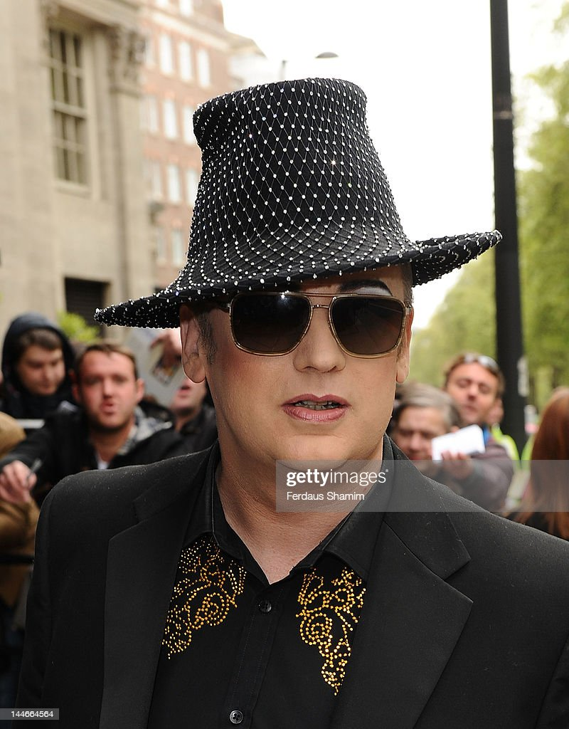 <a gi-track='captionPersonalityLinkClicked' href=/galleries/search?phrase=Boy+George&family=editorial&specificpeople=203135 ng-click='$event.stopPropagation()'>Boy George</a> attends Ivor Novello Awards at Grosvenor House, on May 17, 2012 in London, England.