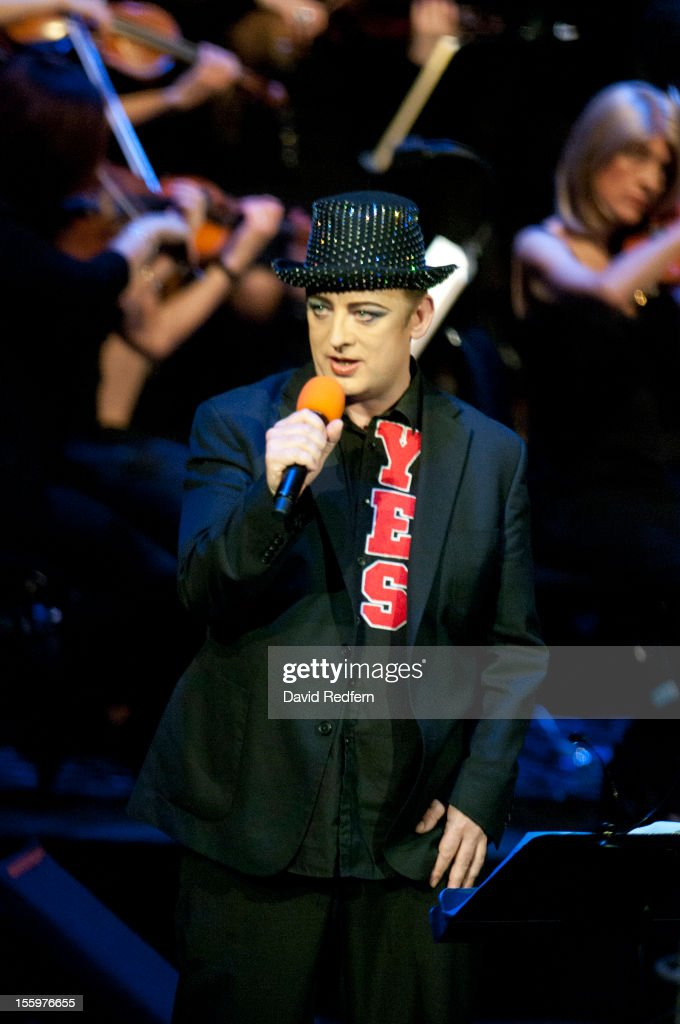 <a gi-track='captionPersonalityLinkClicked' href=/galleries/search?phrase=Boy+George&family=editorial&specificpeople=203135 ng-click='$event.stopPropagation()'>Boy George</a> performs on stage at Jazz Voice, Barbican for the London Jazz Festival on November 9, 2012 in London, United Kingdom.