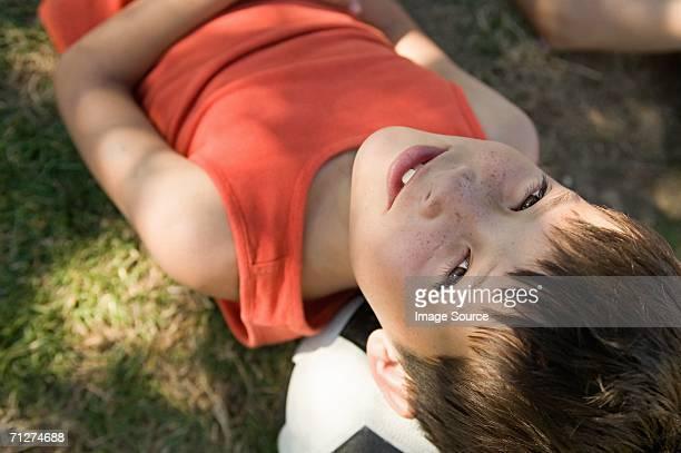 Junge auf einer football