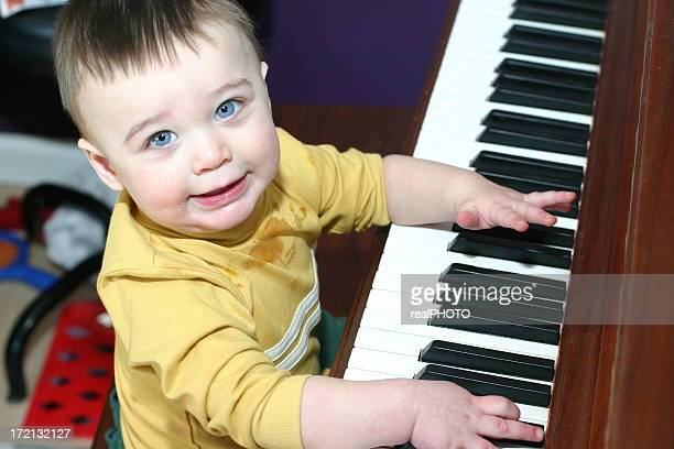 boy playing piano3