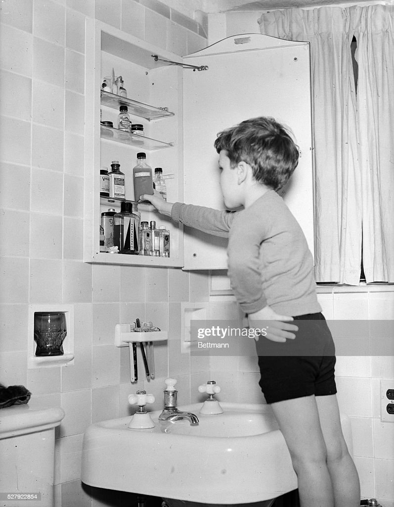 Sofia Medicine Cabinet Boy Reaching Into Medicine Cabinet Pictures Getty Images