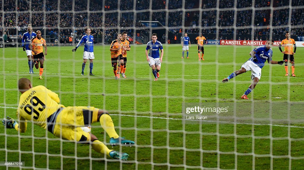 <a gi-track='captionPersonalityLinkClicked' href=/galleries/search?phrase=Boy+Waterman&family=editorial&specificpeople=2565381 ng-click='$event.stopPropagation()'>Boy Waterman</a> of APOEL saves a penalty of <a gi-track='captionPersonalityLinkClicked' href=/galleries/search?phrase=Dennis+Aogo&family=editorial&specificpeople=787086 ng-click='$event.stopPropagation()'>Dennis Aogo</a> of Schalke during the UEFA Europa League Group K match between FC Schalke 04 and APOEL FC on November 26, 2015 in Gelsenkirchen, Germany.