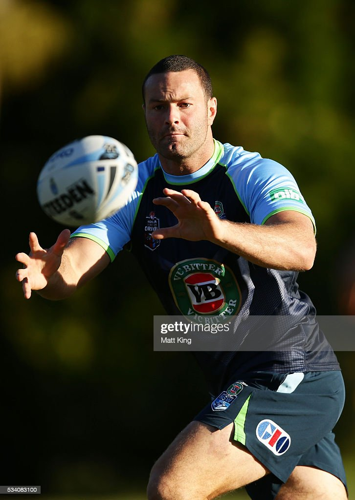 <a gi-track='captionPersonalityLinkClicked' href=/galleries/search?phrase=Boyd+Cordner&family=editorial&specificpeople=7857347 ng-click='$event.stopPropagation()'>Boyd Cordner</a> of the Blues takes a pass during a New South Wales Blues State of Origin training session on May 25, 2016 in Coffs Harbour, Australia.
