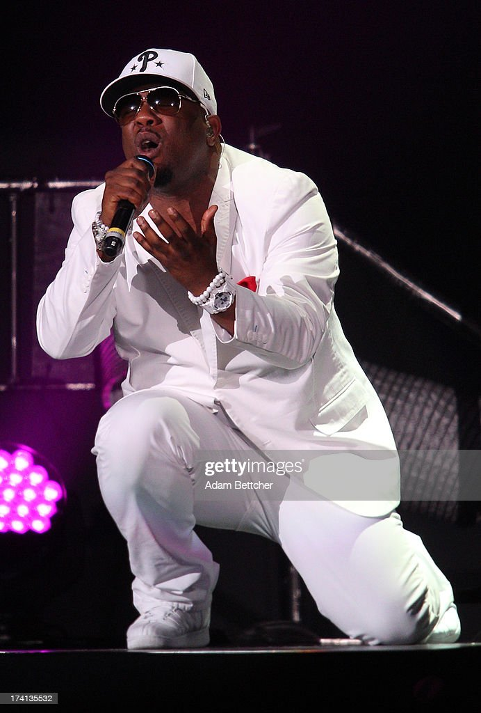 Boyz II Men singer <a gi-track='captionPersonalityLinkClicked' href=/galleries/search?phrase=Wanya+Morris&family=editorial&specificpeople=648053 ng-click='$event.stopPropagation()'>Wanya Morris</a> performs during 'The Package Tour' concert at Target Center on July 20, 2013 in Minneapolis, Minnesota.