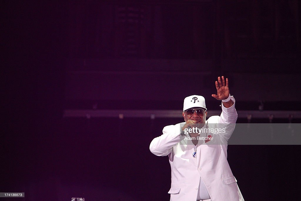 Boyz II Men singer Wanya Morris performs during 'The Package Tour' concert at Target Center on July 20, 2013 in Minneapolis, Minnesota.