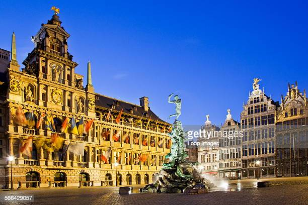 Brabo fountain and medieval houses in the Grote Martk in Antwerp