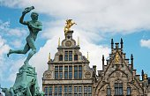 Brabo Fountain with the Guild houses in the background, Main Square (Grote Markt), Antwerp