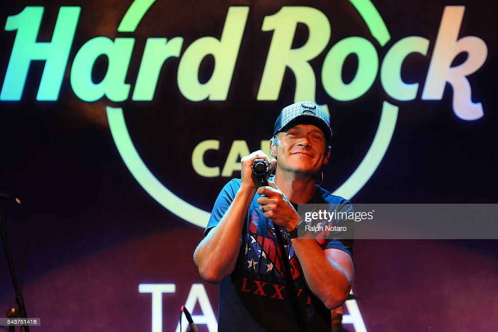 3 Doors Down Perform at Hard Rock Cafe