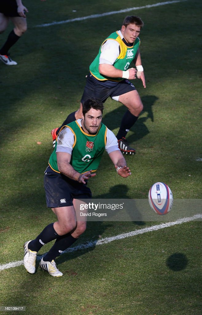 <a gi-track='captionPersonalityLinkClicked' href=/galleries/search?phrase=Brad+Barritt&family=editorial&specificpeople=4542508 ng-click='$event.stopPropagation()'>Brad Barritt</a> catches the ball during the England training session held at Pennyhill Park on February 19, 2013 in Bagshot, England.