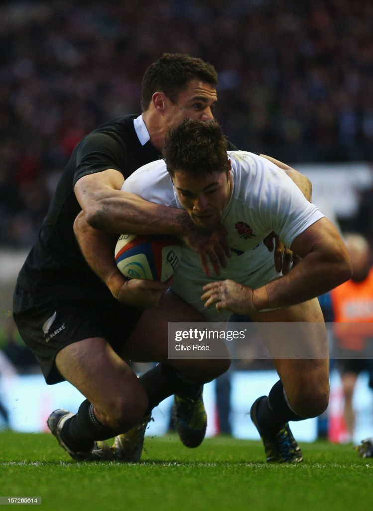 <a gi-track='captionPersonalityLinkClicked' href=/galleries/search?phrase=Brad+Barritt&family=editorial&specificpeople=4542508 ng-click='$event.stopPropagation()'>Brad Barritt</a> of England goes over to score the first try during the QBE International match between England and New Zealand at Twickenham Stadium on December 1, 2012 in London, England.