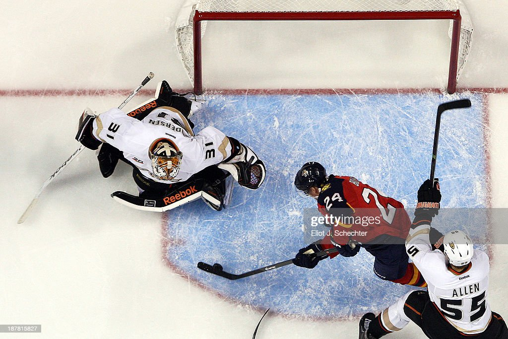 <a gi-track='captionPersonalityLinkClicked' href=/galleries/search?phrase=Brad+Boyes&family=editorial&specificpeople=275014 ng-click='$event.stopPropagation()'>Brad Boyes</a> #24 of the Florida Panthers shoots and scores against Goaltender <a gi-track='captionPersonalityLinkClicked' href=/galleries/search?phrase=Frederik+Andersen&family=editorial&specificpeople=6605243 ng-click='$event.stopPropagation()'>Frederik Andersen</a> #31 of the Anaheim Ducks at the BB&T Center on November 12, 2013 in Sunrise, Florida.
