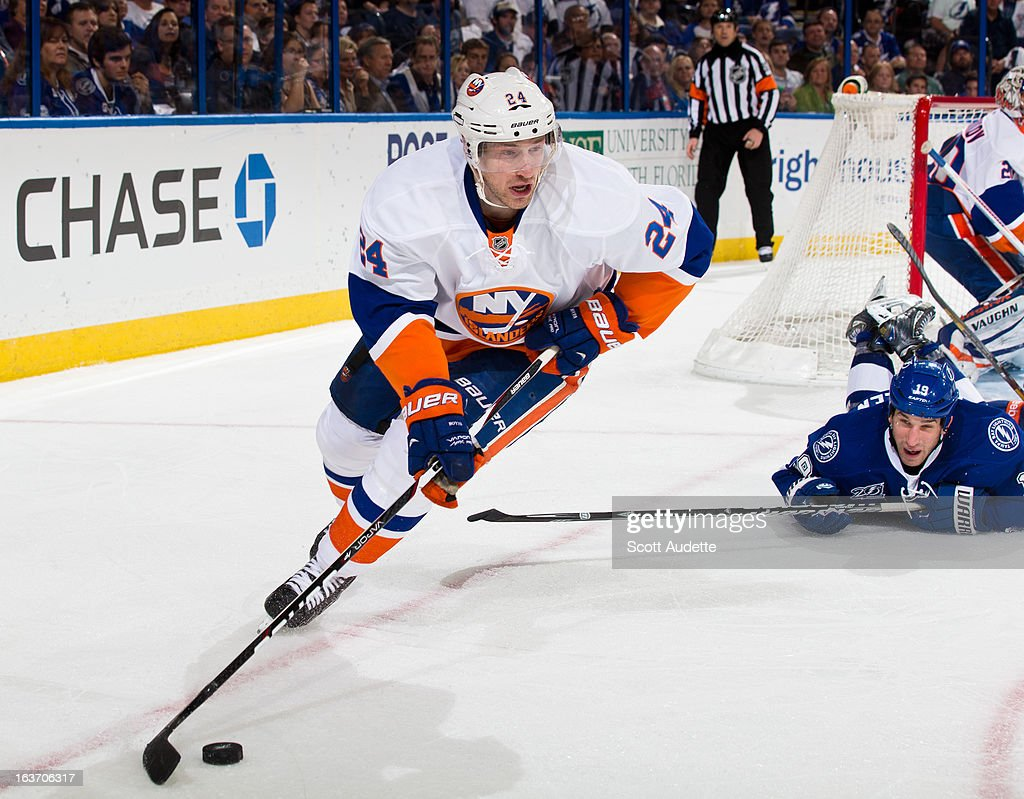 <a gi-track='captionPersonalityLinkClicked' href=/galleries/search?phrase=Brad+Boyes&family=editorial&specificpeople=275014 ng-click='$event.stopPropagation()'>Brad Boyes</a> #24 of the New York Islanders controls the puck during the third period of the game against the Tampa Bay Lightning at the Tampa Bay Times Forum on March 14, 2013 in Tampa, Florida.