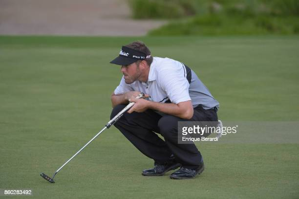 Brad Brunner of the United States lines up a putt on the 18th green during the final round of the PGA TOUR Latinoamérica Flor de Cana Open at Mukul...