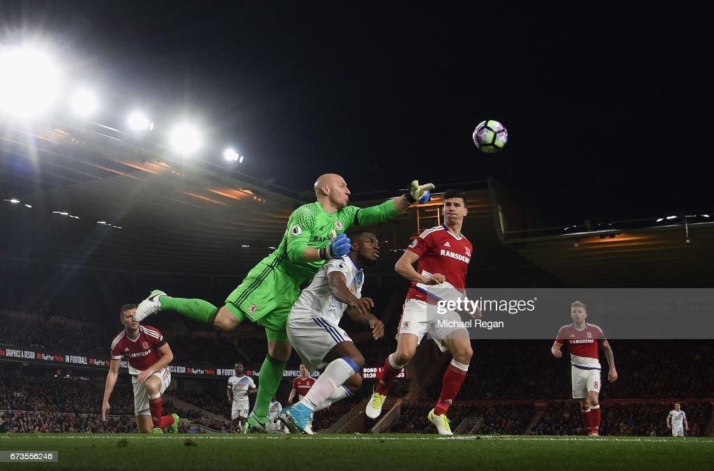 Brad Guzan and Daniel Ayala of Middlesbrough and Victor Anichebe of Sunderland clash during the Premier League match between Middlesbrough and Sunderland at the Riverside Stadium on April 26, 2017 in Middlesbrough, England.
