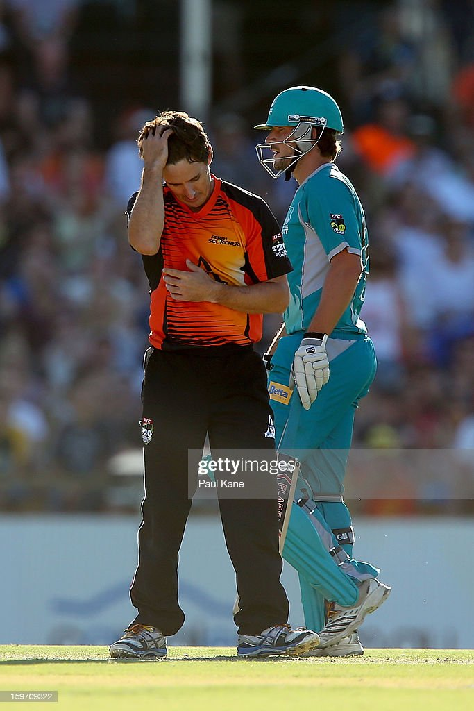 Brad Hogg of the Scorchers reacts after being hit for six during the Big Bash League final match between the Perth Scorchers and the Brisbane Heat at the WACA on January 19, 2013 in Perth, Australia.