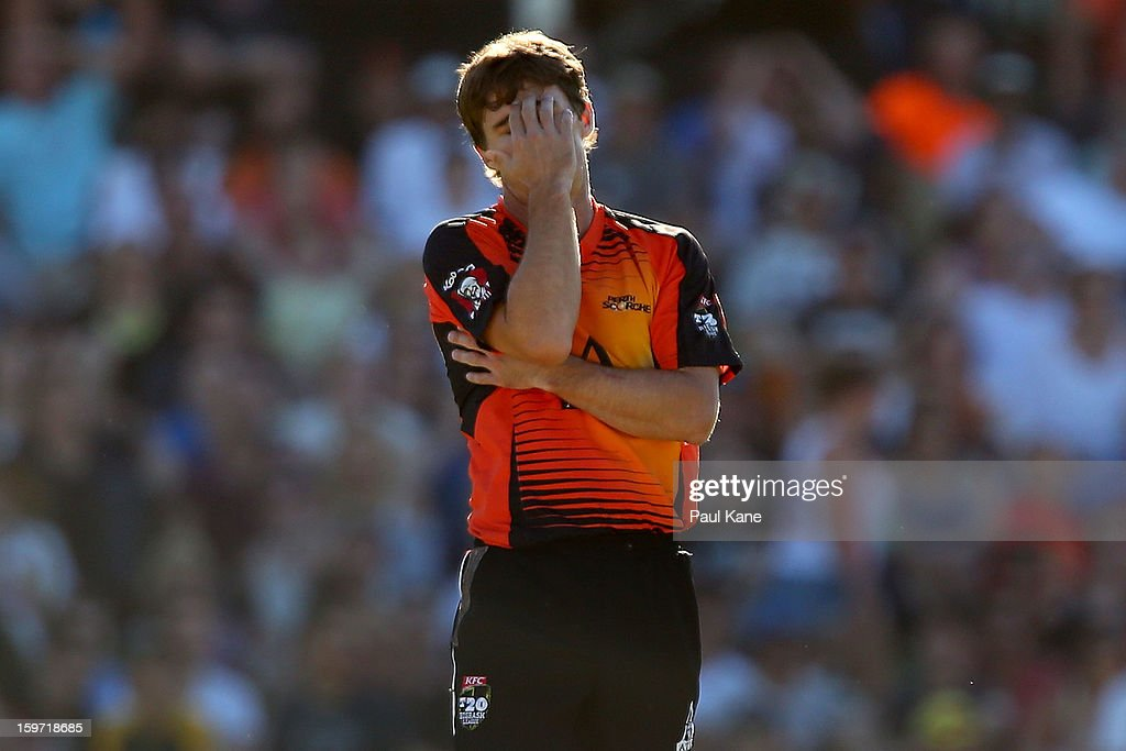 <a gi-track='captionPersonalityLinkClicked' href=/galleries/search?phrase=Brad+Hogg&family=editorial&specificpeople=211604 ng-click='$event.stopPropagation()'>Brad Hogg</a> of the Scorchers reacts after being hit for six during the Big Bash League final match between the Perth Scorchers and the Brisbane Heat at the WACA on January 19, 2013 in Perth, Australia.