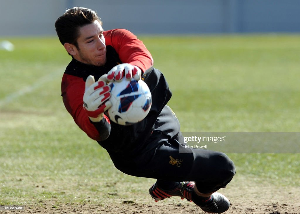 <a gi-track='captionPersonalityLinkClicked' href=/galleries/search?phrase=Brad+Jones+-+Soccer+Player&family=editorial&specificpeople=643165 ng-click='$event.stopPropagation()'>Brad Jones</a> of Liverpool FC during a training session at Melwood Training Ground on February 28, 2013 in Liverpool, England.