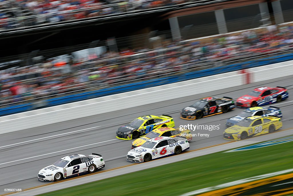 Brad Keselowski, driver of the #2 Miller Lite Ford, leads the field during the NASCAR Sprint Cup Series GEICO 500 at Talladega Superspeedway on May 1, 2016 in Talladega, Alabama.