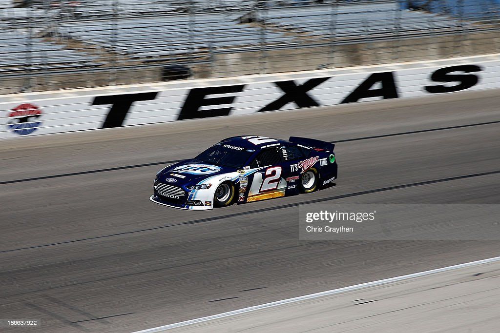 <a gi-track='captionPersonalityLinkClicked' href=/galleries/search?phrase=Brad+Keselowski&family=editorial&specificpeople=890258 ng-click='$event.stopPropagation()'>Brad Keselowski</a>, driver of the #2 Miller Lite Ford, practices for the NASCAR Sprint Cup Series AAA Texas 500 at Texas Motor Speedway on November 2, 2013 in Fort Worth, Texas.