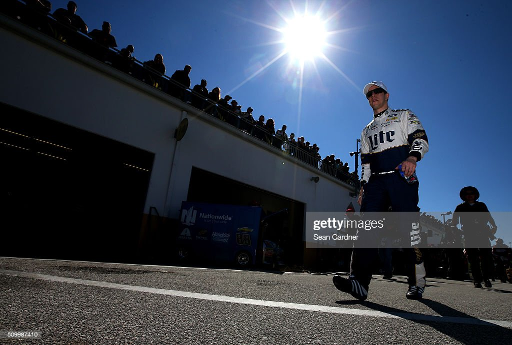 <a gi-track='captionPersonalityLinkClicked' href=/galleries/search?phrase=Brad+Keselowski&family=editorial&specificpeople=890258 ng-click='$event.stopPropagation()'>Brad Keselowski</a>, driver of the #2 Miller Lite Ford, walks through the garage area during practice for the NASCAR Sprint Cup Series Daytona 500 at Daytona International Speedway on February 13, 2016 in Daytona Beach, Florida.