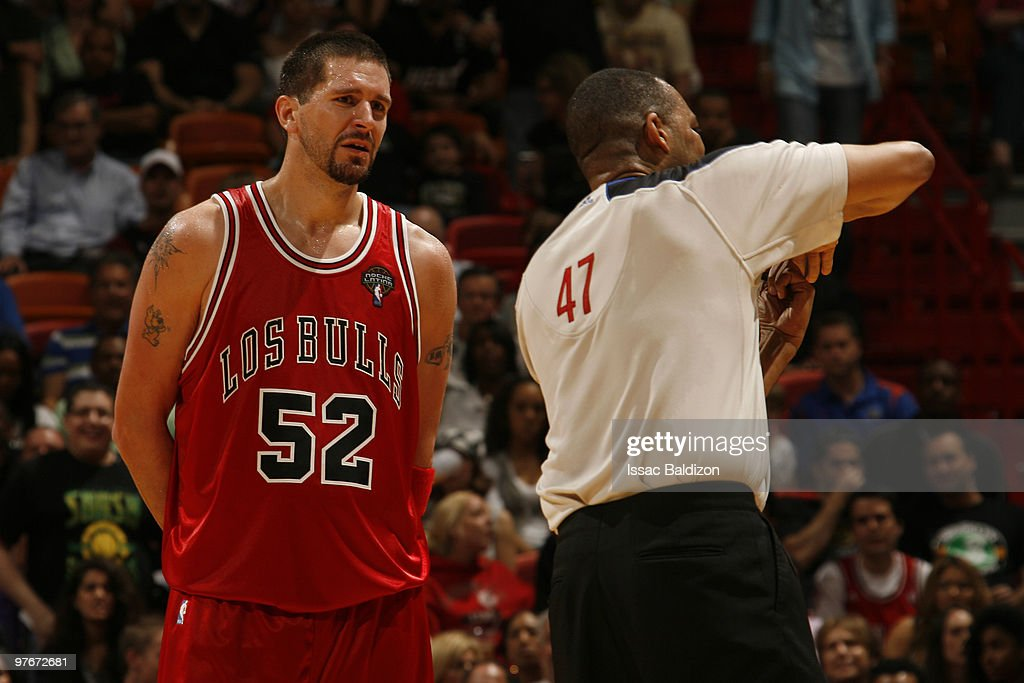 Brad Miller #52 of the Chicago Bulls argues a call by the official on March 12, 2010 at American Airlines Arena in Miami, Florida.