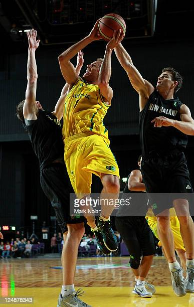 Brad Newley of the Boomers drives to the basket during the third match between the Australian Boomers and the New Zealand Tall Blacks at Sydney...