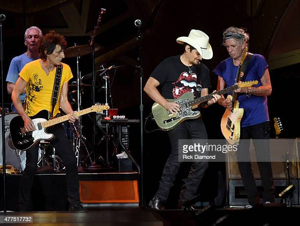Brad Paisley joins The Rolling Stones Charlie Watts Ronnie Wood and Keith Richards during The Rolling Stones North American 'ZIP CODE' Tour Nashville...
