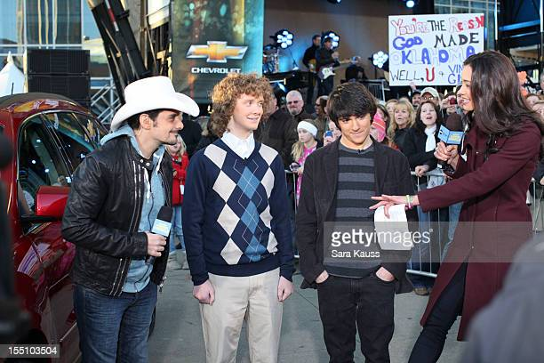 Brad Paisley Rachel Smith and fans attend ABC's 'Good Morning America' ahead of the 46th Annual CMA awards at the Bridgestone Arena on November 1...