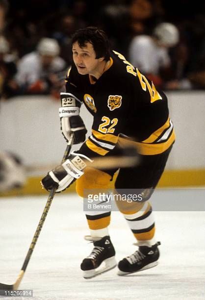 Brad Park of the Boston Bruins skates with the puck during an NHL game against the New York Islanders circa 1978 at the Nassau Coliseum in Uniondale...