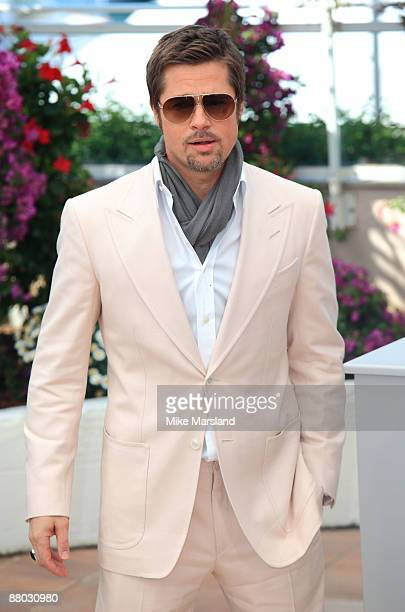 Brad Pitt attends the Inglourious Basterds Photocall held at the Palais Des Festivals during the 62nd International Cannes Film Festival on May 20...