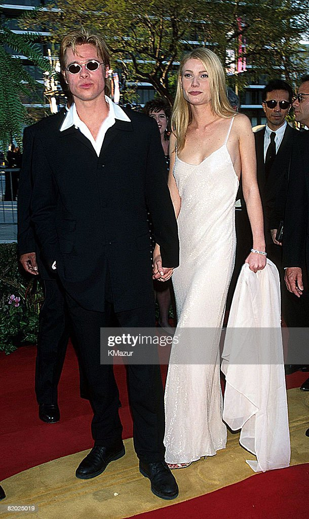 <a gi-track='captionPersonalityLinkClicked' href=/galleries/search?phrase=Brad+Pitt+-+Actor&family=editorial&specificpeople=201682 ng-click='$event.stopPropagation()'>Brad Pitt</a> & <a gi-track='captionPersonalityLinkClicked' href=/galleries/search?phrase=Gwyneth+Paltrow&family=editorial&specificpeople=171431 ng-click='$event.stopPropagation()'>Gwyneth Paltrow</a>